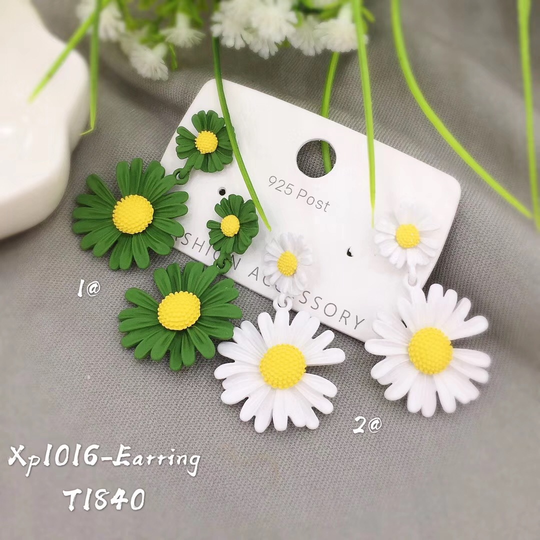 XP1016 Fashion women <strong>flower</strong> <strong>gold</strong> color plated custom jewelry daisy <strong>earrings</strong> for young girls