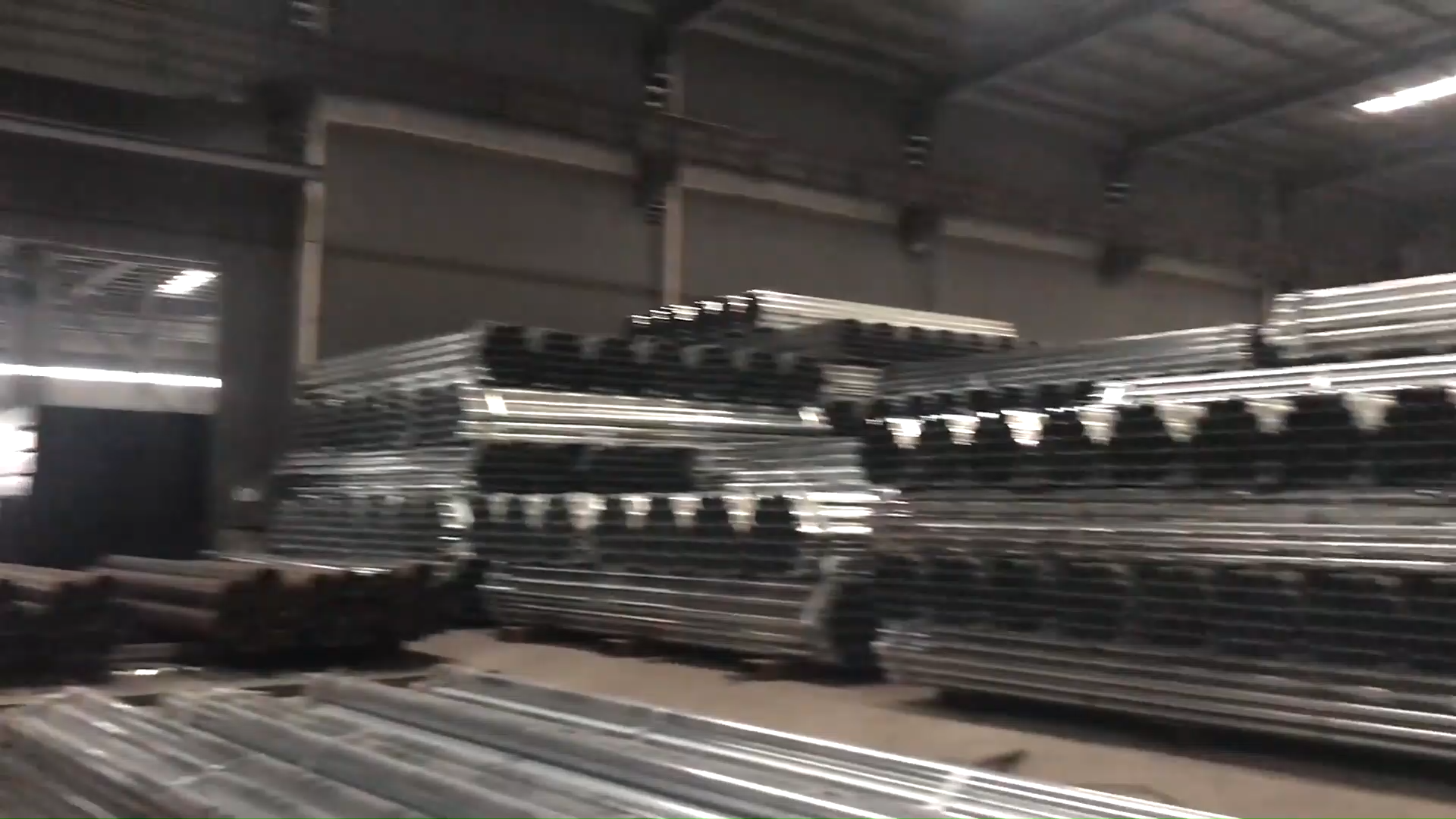 Prime quality galvanized round steel pipe stkm11a white gi steel pipe