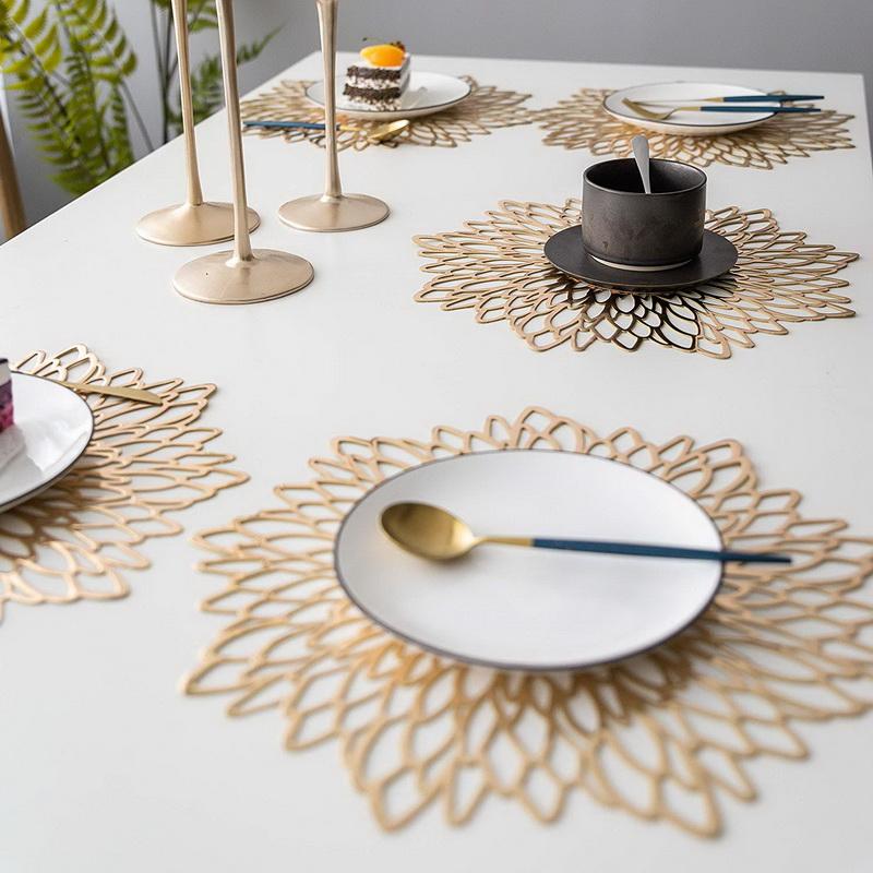 PVC Pressed Vinyl Metallic Placemats/Wedding Accent Centerpiece Placemats Cutwork Decorative Dinning Table Mats