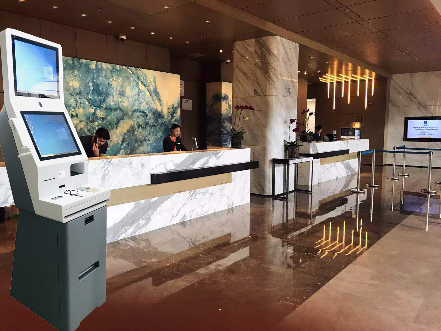 Self service check-out kiosk in hotel with printer function from Shenzhen supplier