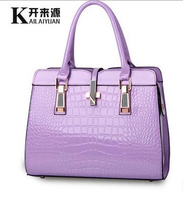 100% женские сумки из натуральной кожи 2020 Новая легкая кожаная сумка женская сумка из крокодиловой кожи высокого качества сумки на плечо в за...(Китай)