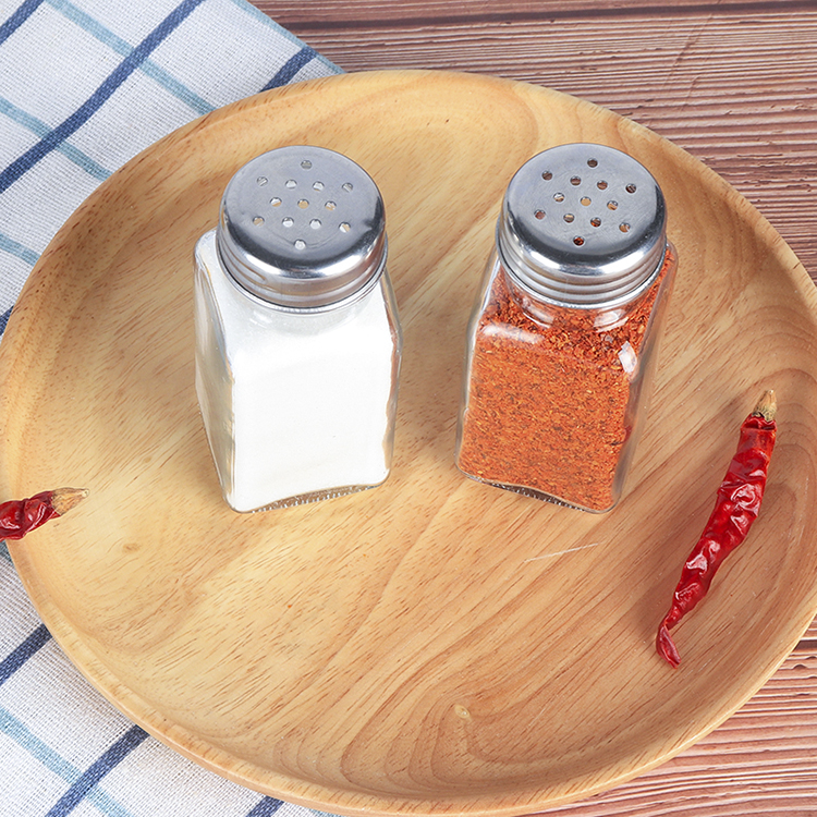 Kitchen pepper square seasoning bottle barbecue cumin baby pig liver powder shrimp skin powder seasoning bottle small