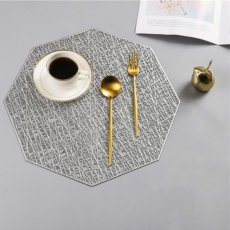 Tabletex 2020 NEW Arrival Yiwu best seller washable injection placemat set PVC gold