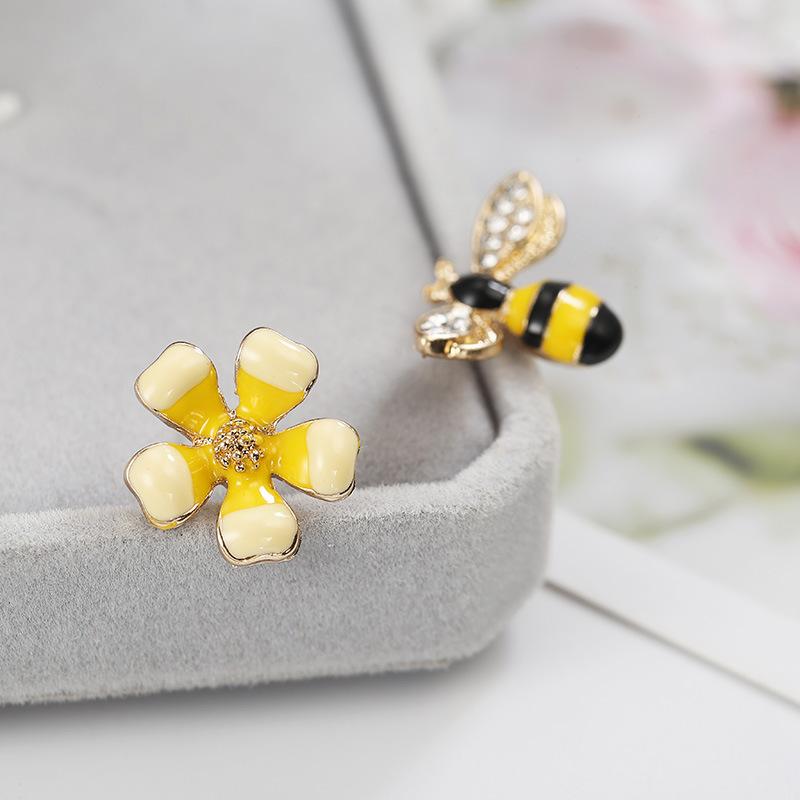 لطيف الحلو الزهور النحل أقراط المينا حلية النحل وأقراط