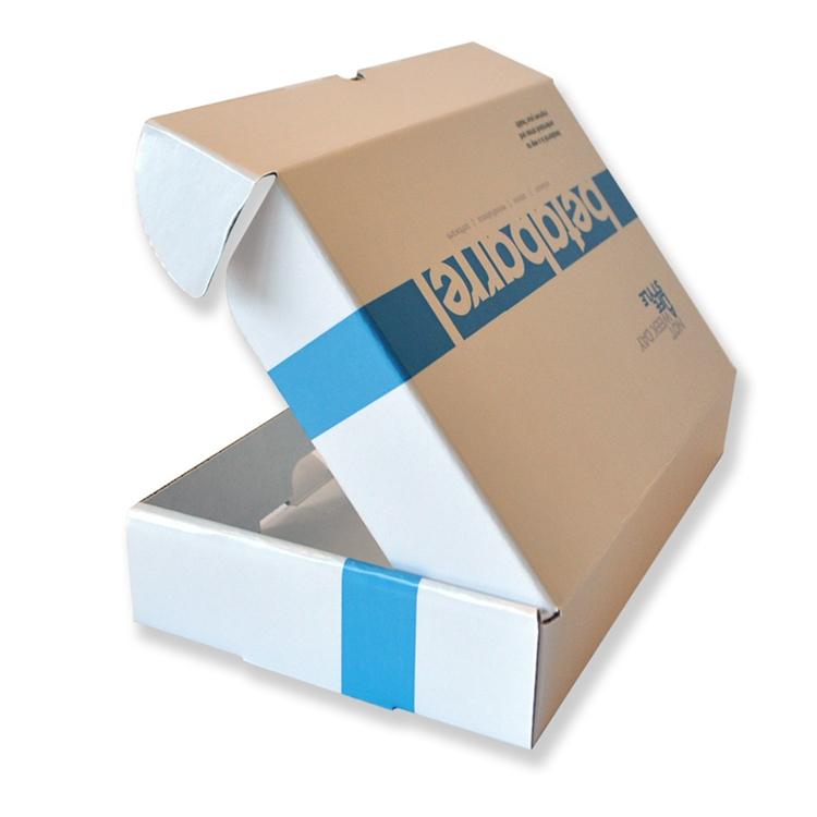 OEM โรงงานจีนสีขาวแพคเกจของเล่นลูกฟูกกล่อง