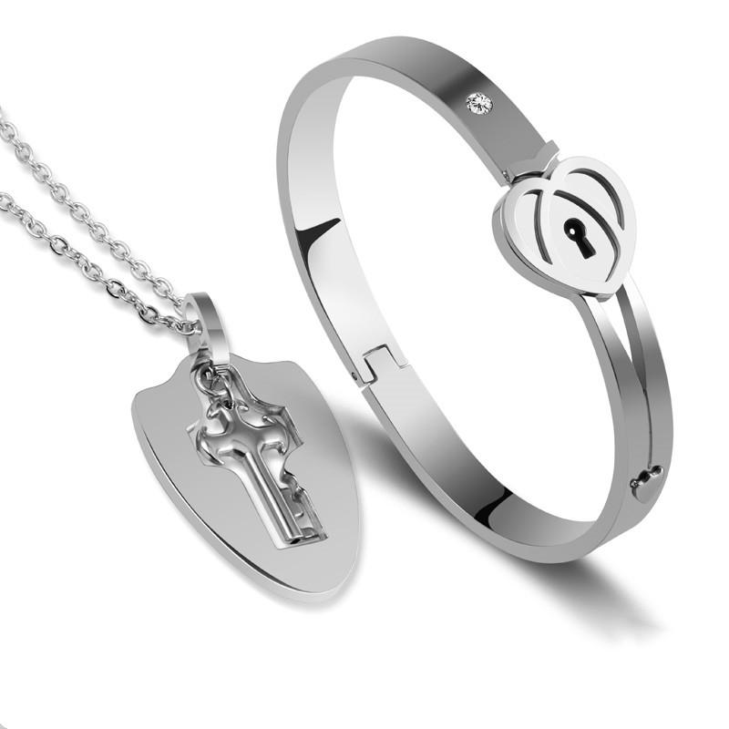New Arriving Unique Design A Set Jewelry Fashion Titanium Steel Key pendant necklace And  Heart Lock Couple Love Bangle Bracelet