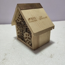 Großhandel Outdoor Natürliche Holz Insekten Hotel Bee <span class=keywords><strong>Haus</strong></span>