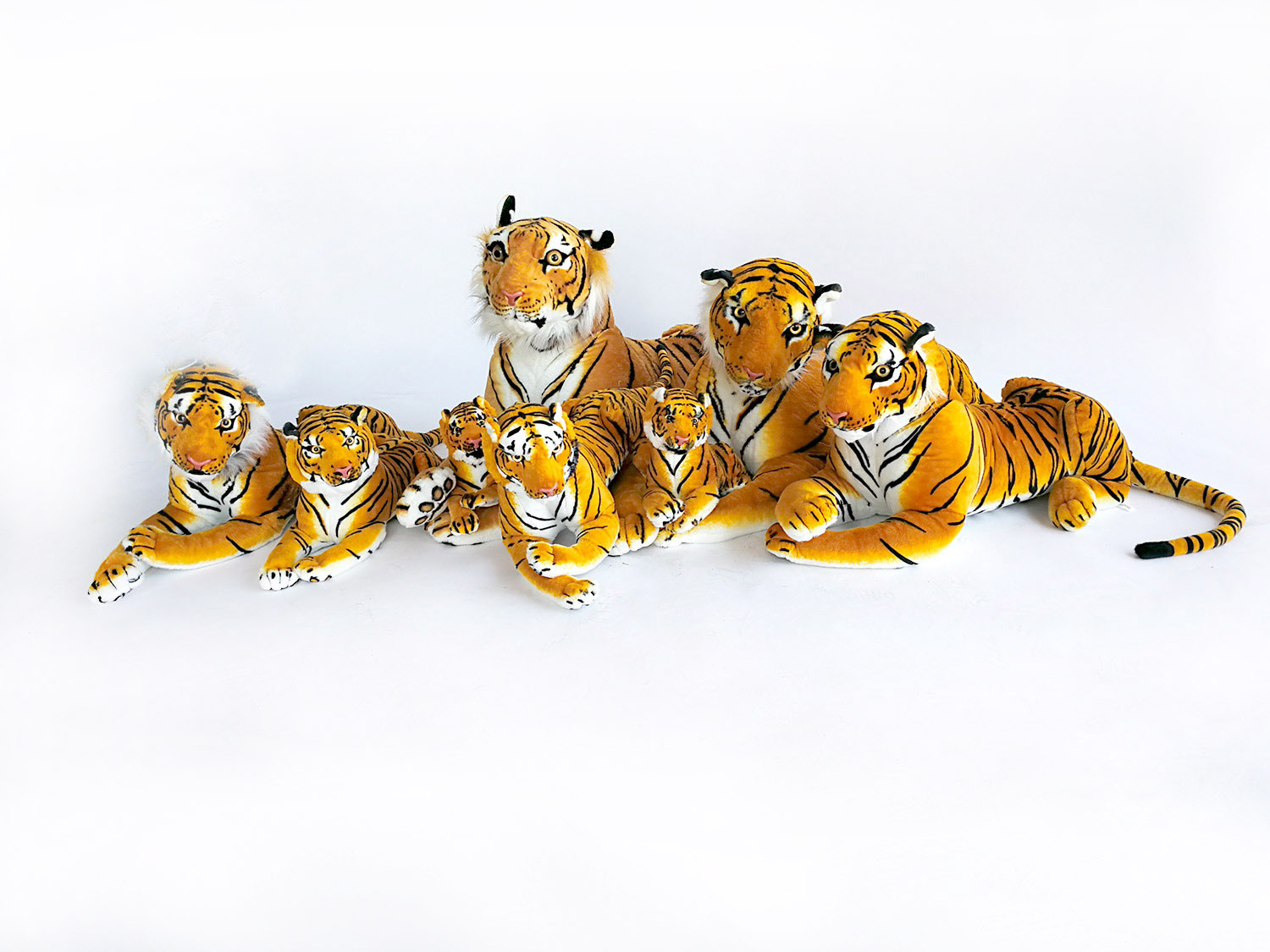 Giant Tiger Custom Plush Toy Soft Stuffed Animals Simulation White Huge Tiger Doll Sleeping Pillow Children Kids Gifts