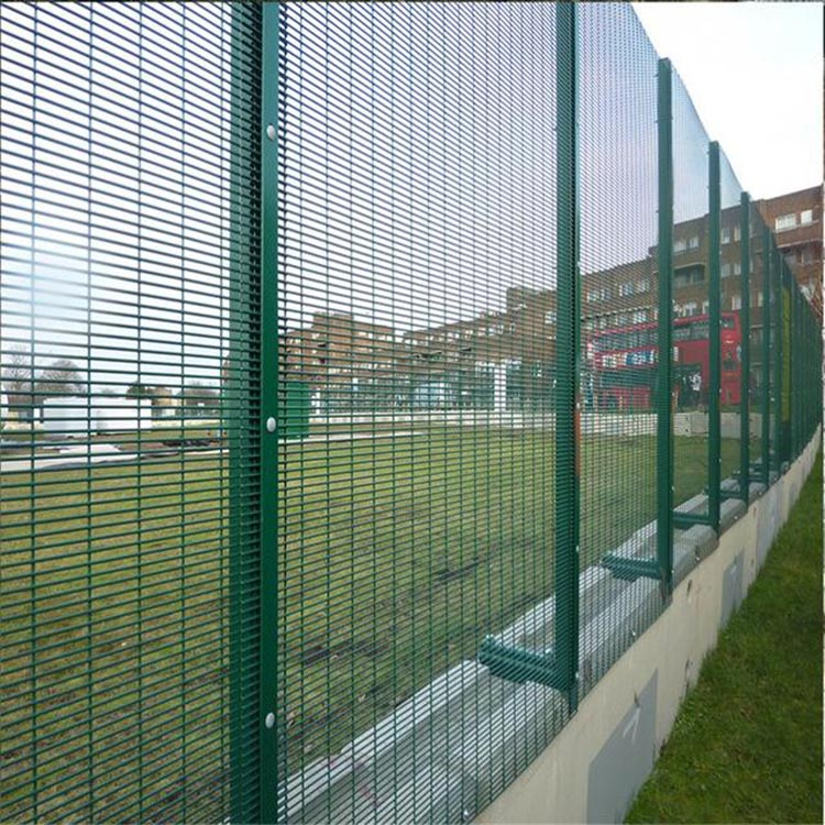 Home Outdoor Decorative 3D Curved Welded Wire Mesh Garden Fence For Fence Panel
