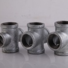 Galvanized Black Banded Cross and Tee Beaded Malleable Iron Pipe Fittings