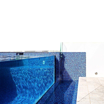 Custom Transparent Acrylic flooring around swimming pool