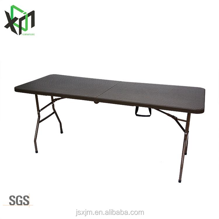 Nuevo diseño marrón de mimbre al aire libre mesa de picnic 6FT la mitad de camping plegable muebles