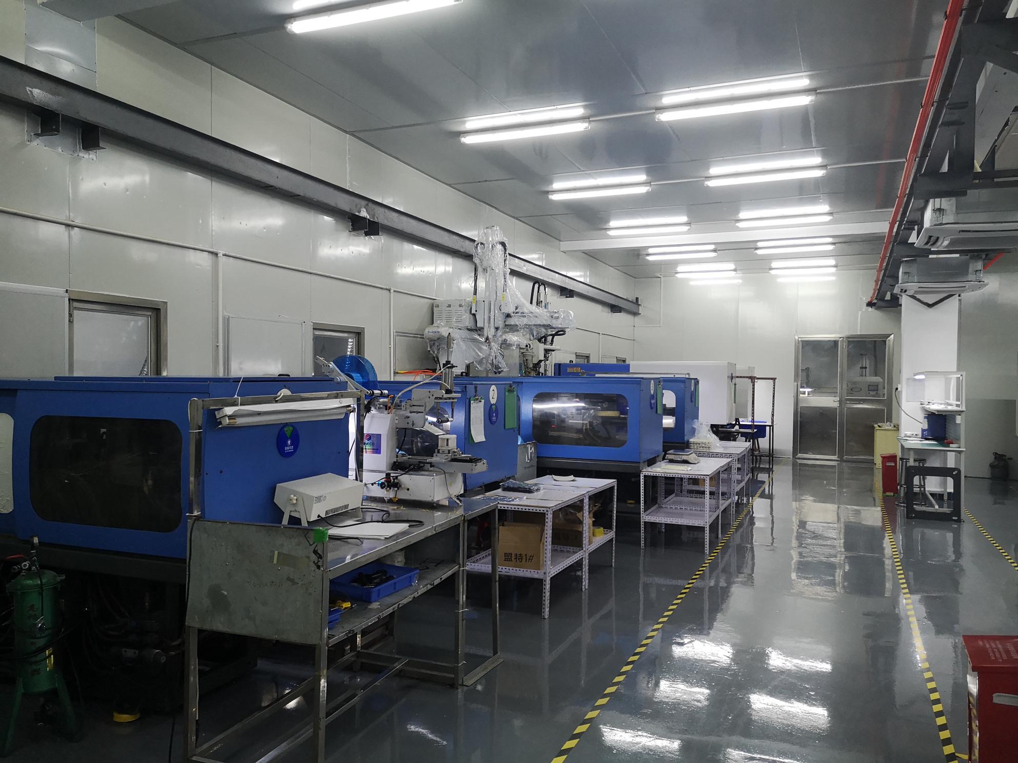 Prezzo di fabbrica diretto husky stampaggio ad iniezione pronto per la spedizione