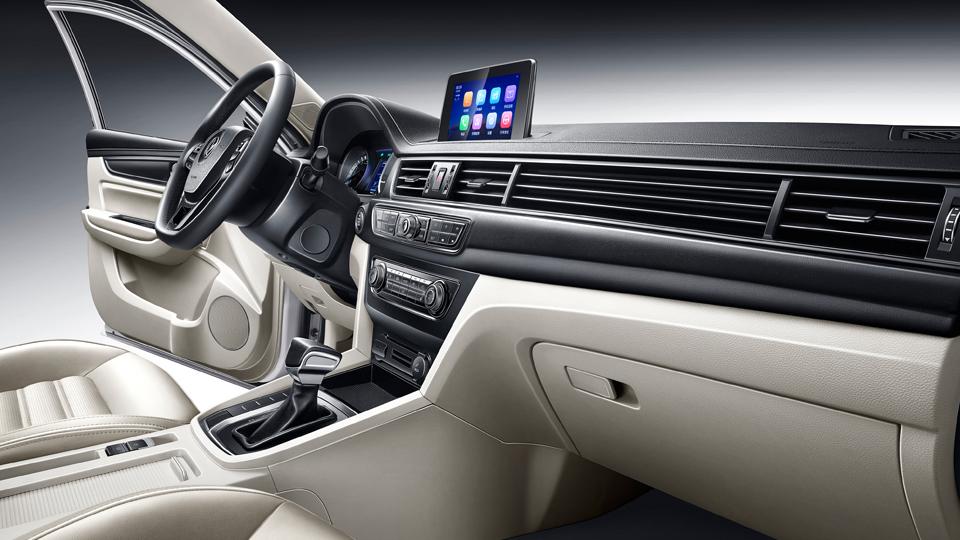 Китайский рынок лучшие продажи салона автомобиля с хорошим обслуживанием новых автомобилей седан S50 Практичный автомобиль седан