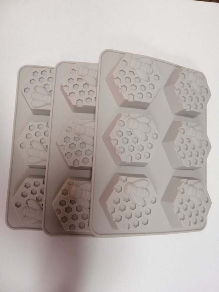 6 Cavities 3D Bee Honeycomb Designs Decoration Silicone Soap / Cake  Fondant Mold Silicone Maker / Mold