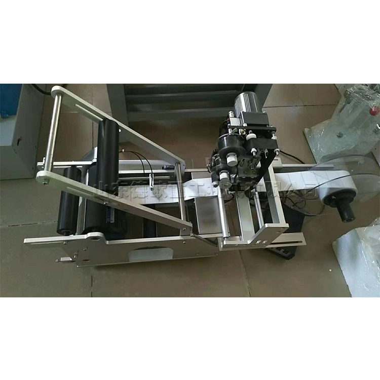 Mt-50 semi-automatic round bottle labeling machine   Labelling tools  Made in China