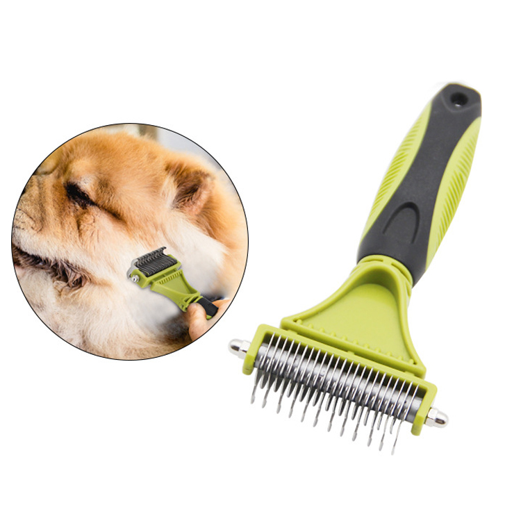 Coastal Self-Cleaning Slicker with Retractable Stainless Steel Pins for All Coats, Ideal for <strong>Dogs</strong> with Wirey Hair