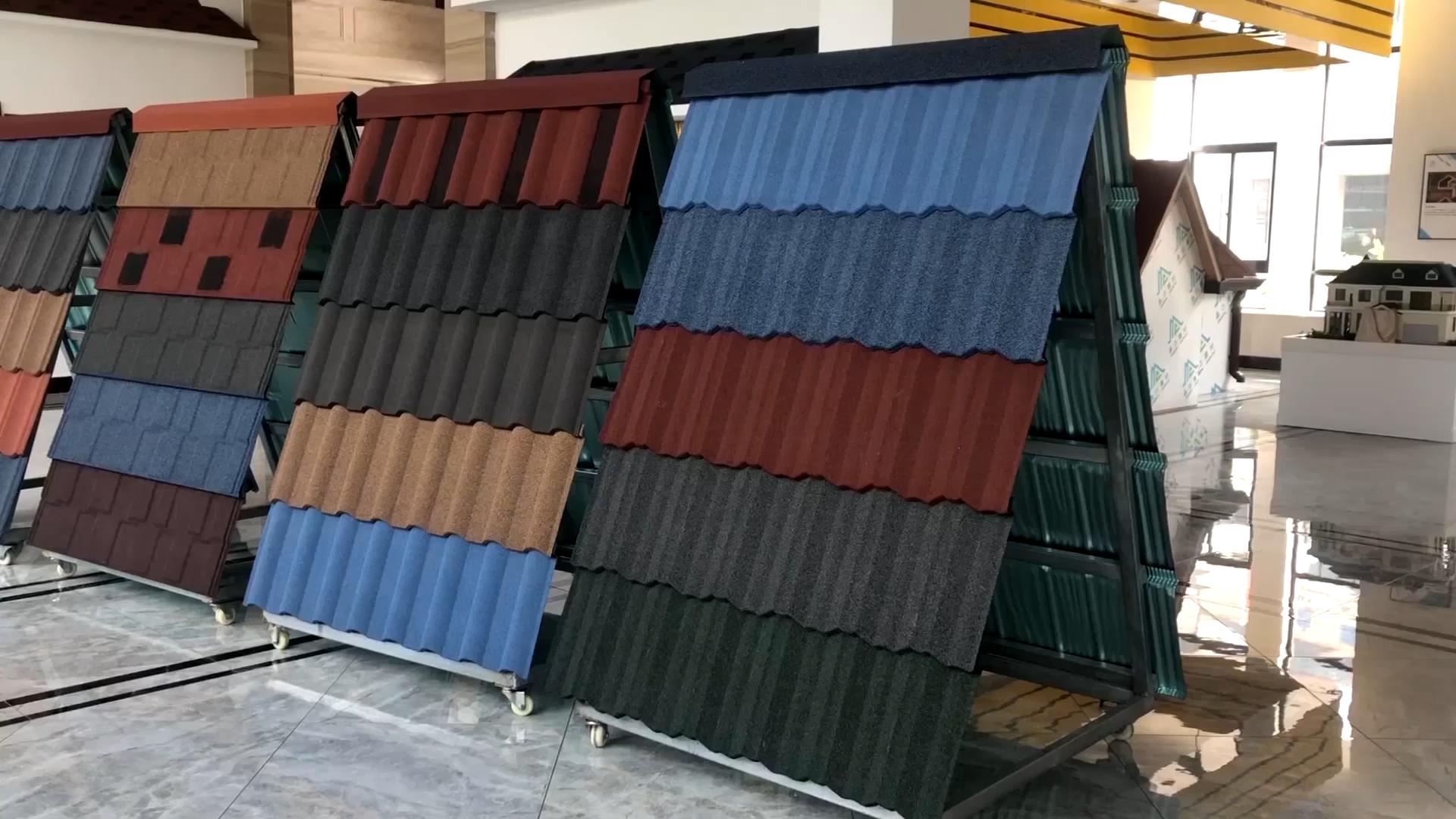Più nuovo di costruzione materiali da costruzione materiali del tetto di colore di prezzi di pietra rivestito tetto in metallo piastrelle
