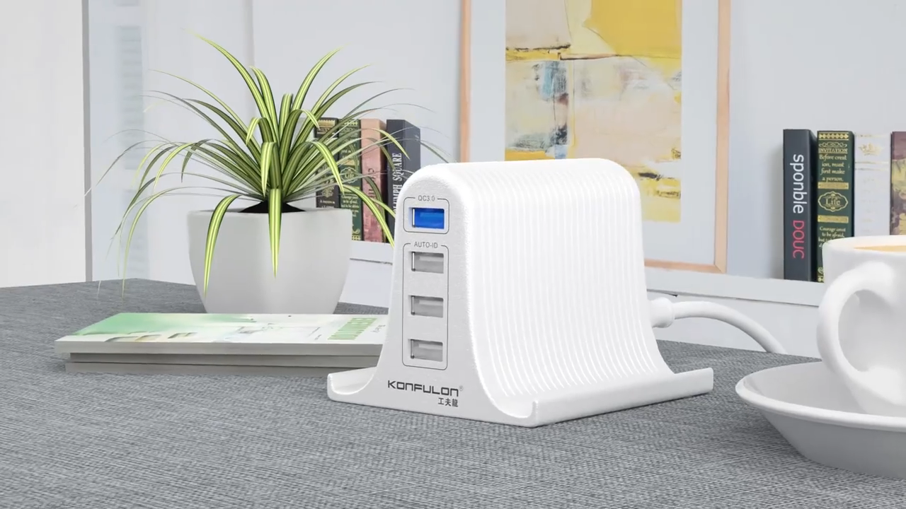 Konfulon 4 포트 스마트 빠른 벽 충전기 하나의 QC3.0 포트, 휴대 전화 홀더 디자인 USB 충전 스테이션 휴대 전화