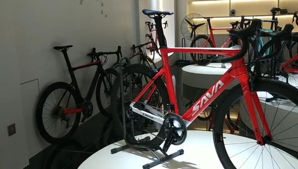 מלא פחמן מרוצי כביש אופני ULTEGRA R8000 22 מהירות