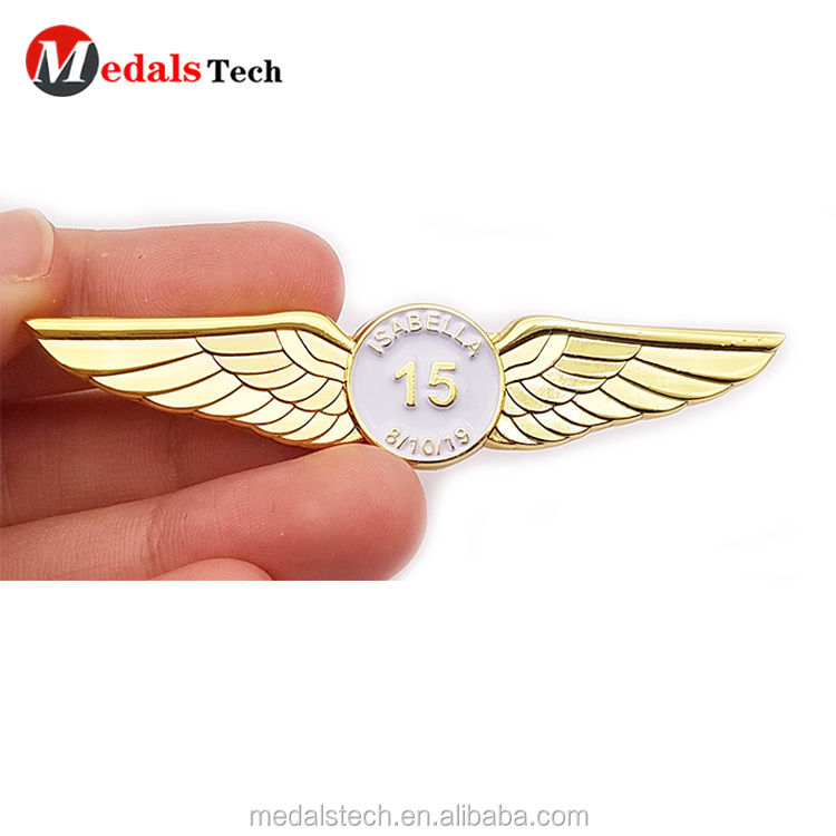 Cheap custom promotional metal gift collar souvenir  badge