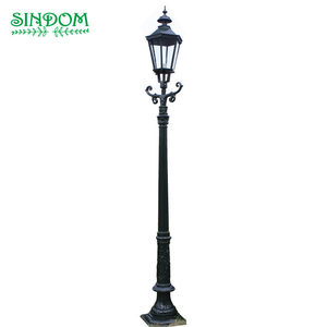 Traditional sand casting craftwork European vintage single lamp head outdoor garden post light