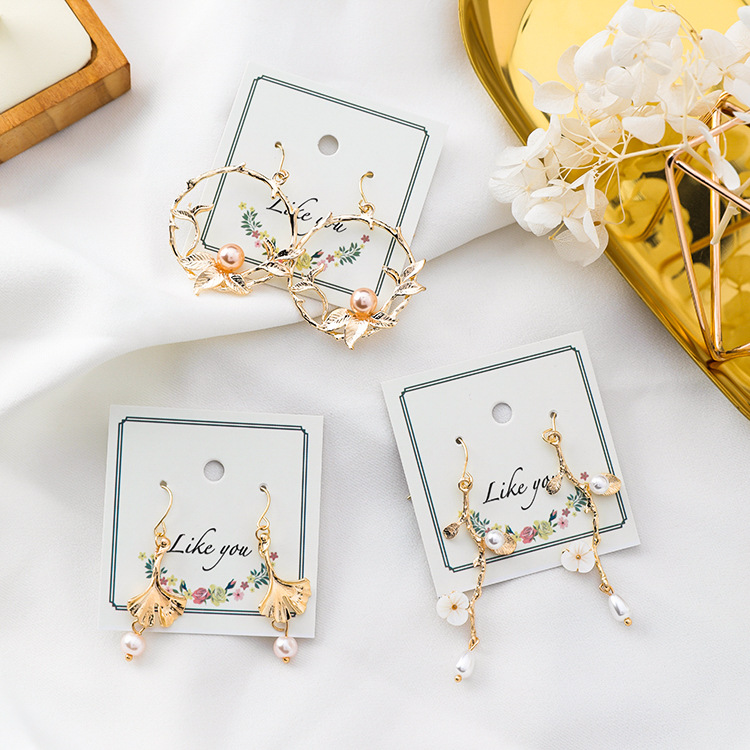 2020 Hot saling fashion simple hollow out alloy flower <strong>earring</strong> <strong>Hook</strong> <strong>Gold</strong> Plated Creative pearl Flower <strong>Earrings</strong>