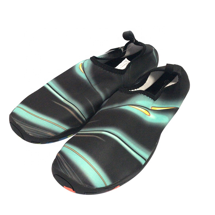 Produk Baru Laris Sepatu Renang Warna-warni Ringan Nyaman