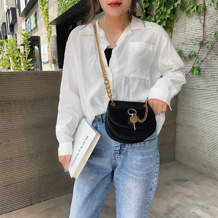 Women shoulder bag elegant crossbody bag black chain messenger bag