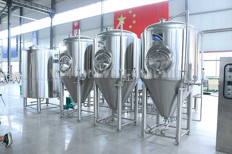 SUS304 300l 500l 1000l Beer brewing equipment 3 vessels with CE ISO9001