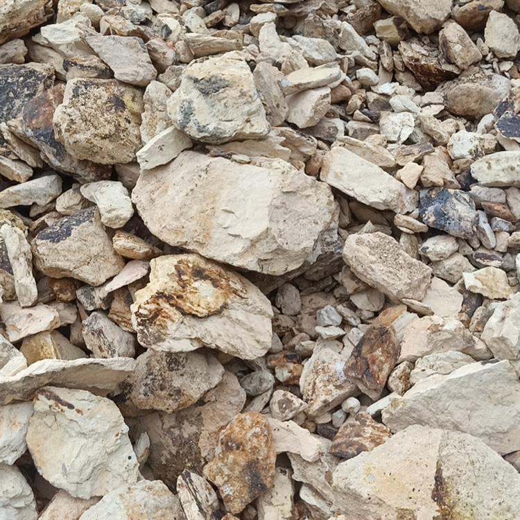 Hot selling raw refractory metallurgy block black gray calcined price bauxite