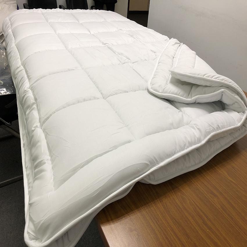 All season Queen size Microfiber Quilt Duvet comforter