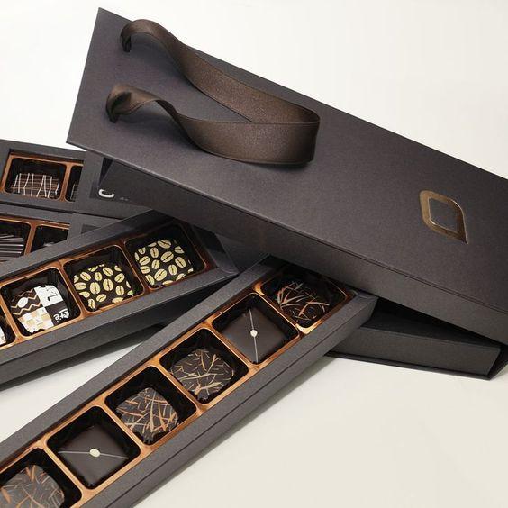 ช็อกโกแลตบรรจุภัณฑ์ของขวัญกล่อง Divider ที่กำหนดเองที่ว่างเปล่ากล่องช็อกโกแลต