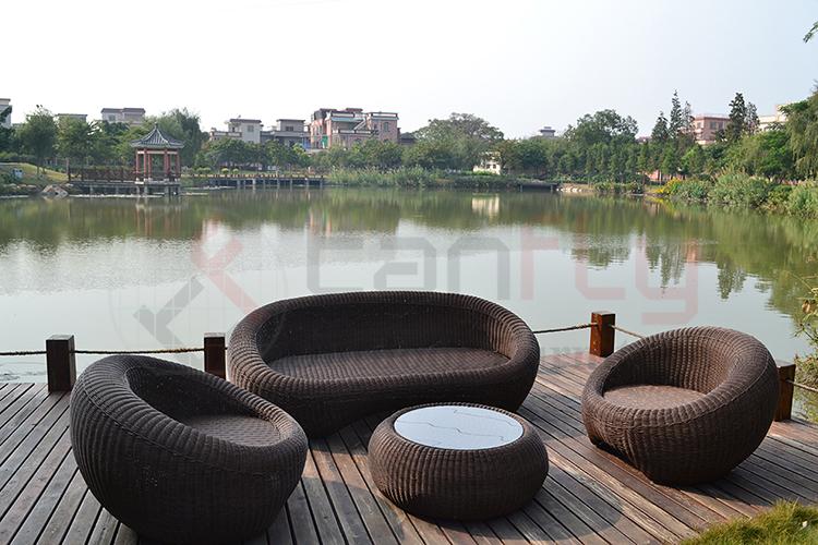 wicker garden sofa set-4.jpg