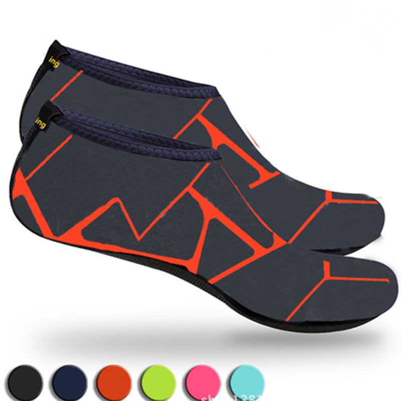 ダイビングヨガの足の保護靴カバーに適したビーチスポーツシューズネオプレン滑り止めウォーターソックス