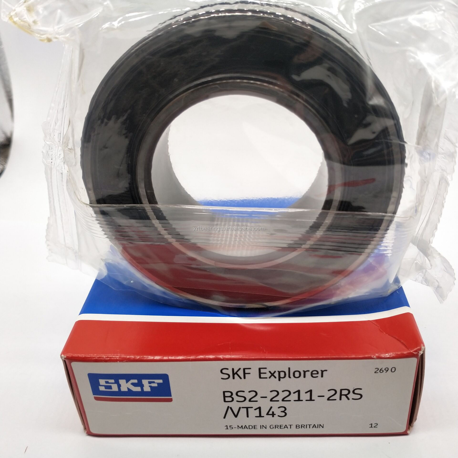 SKF BS2-2207-2RS//VT143 Spherical Roller Bearing 72 mm OD 28 mm Width Sealed 35 mm ID