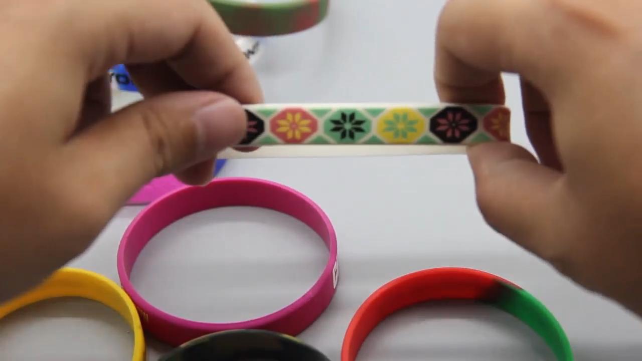 Jugar fuerte motivación pulseras pulsera clásico 1/2x12 adultos tamaño personalizado pulseras de silicona
