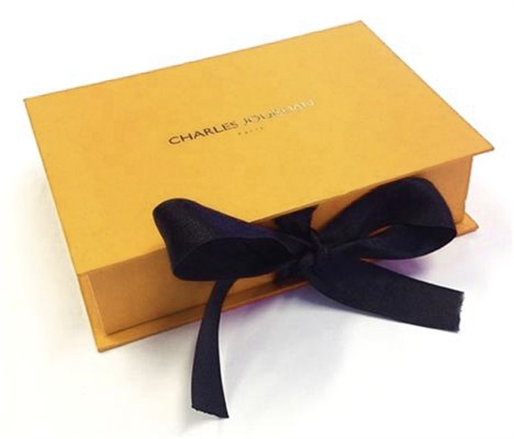 Magnet folding boxes with ribbons luxury gift boxes for gift packaging packaging boxes for clothes