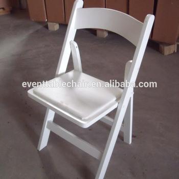 sillas blancas de madera plegales