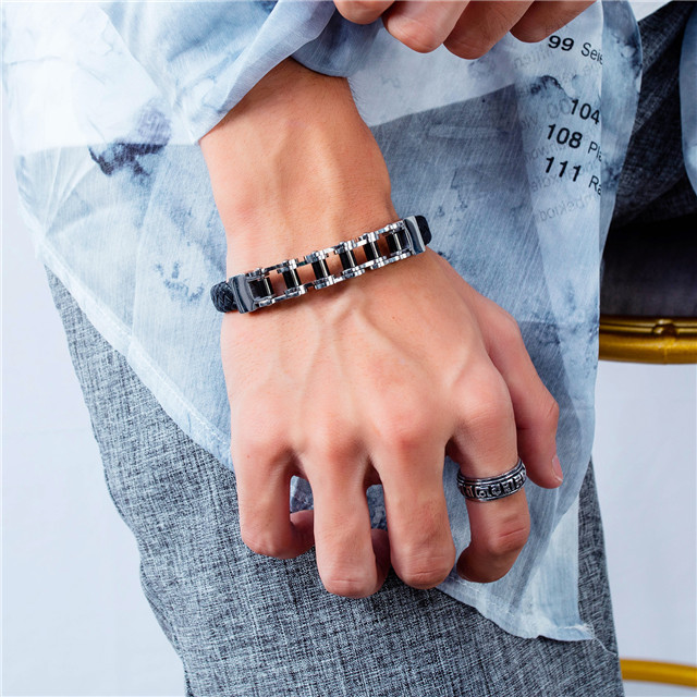 New Model Fashion Jewelry 100% Ture Leather 316L Stainless Steel Men Locomotive Chain Bracelet