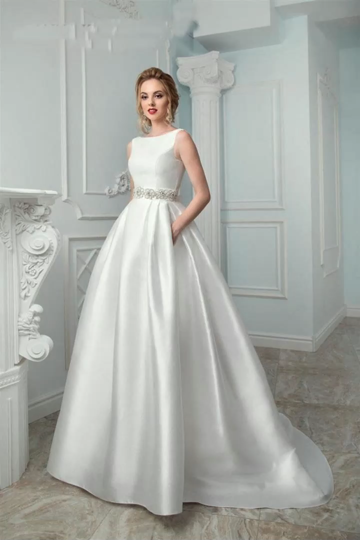 2020 Simple Elegant Satin Wedding Dress A Line Bridal Gown With Pocket Crystal Sash Women Robe de mariage