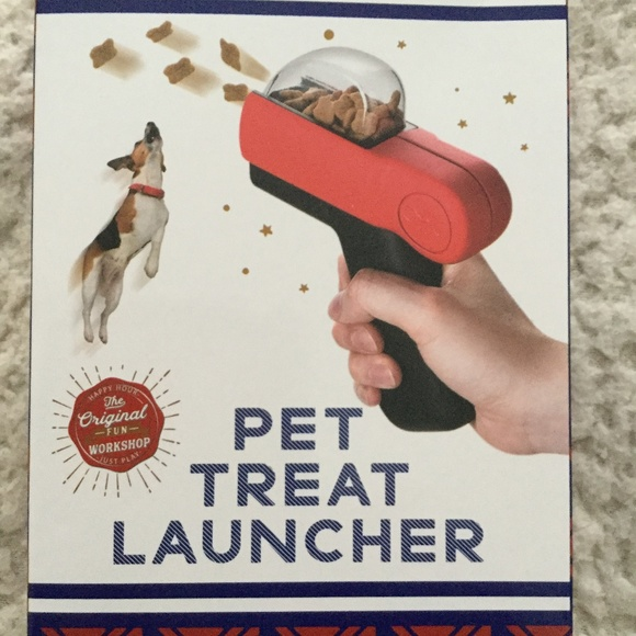 New Open Mould plastic training thrower treat pet food dog food launcher