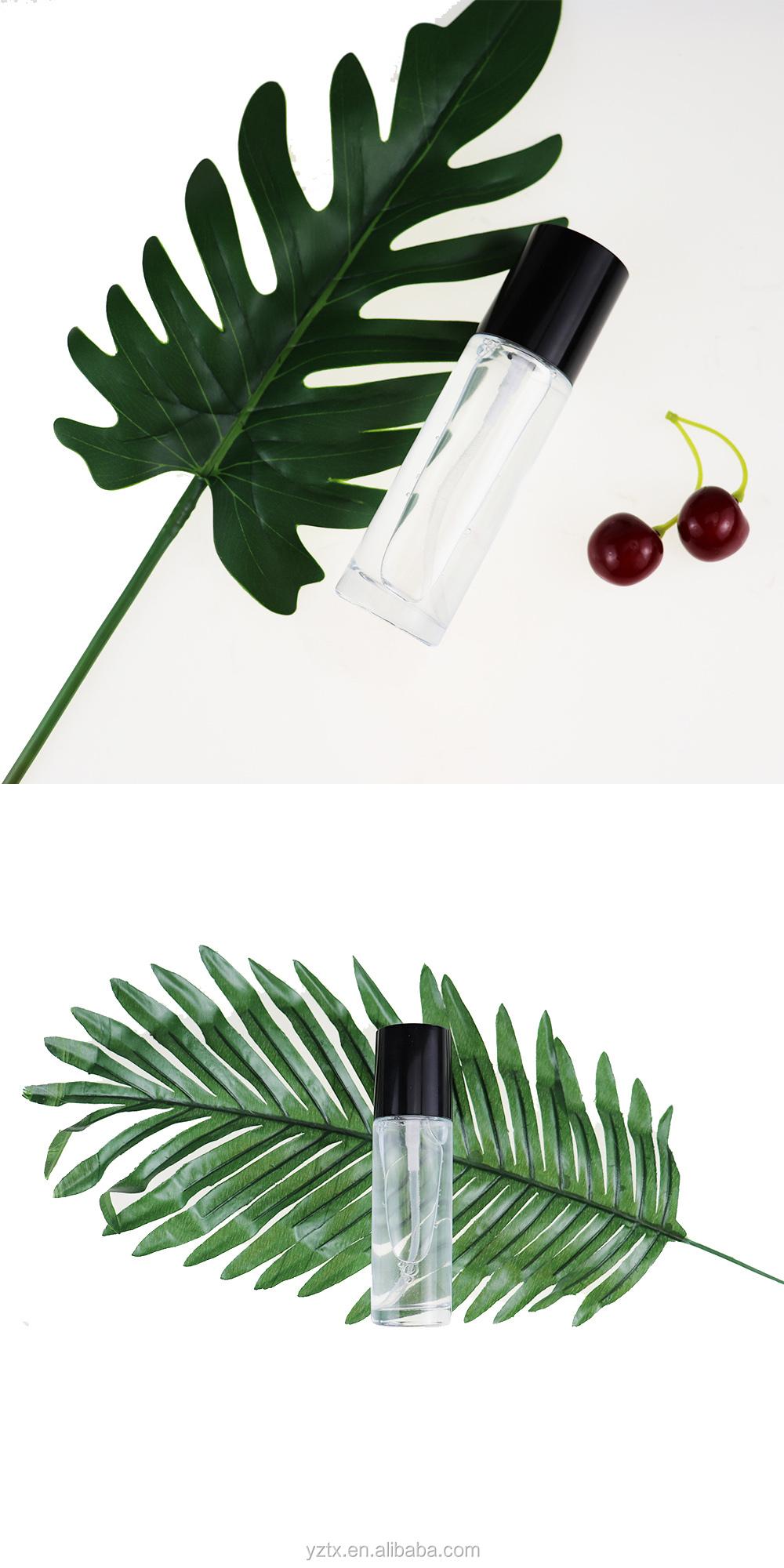 Diseño de triángulo sin etiqueta de sombra de ojos de maquillaje Cartilla de producto Etiqueta Privada, toner