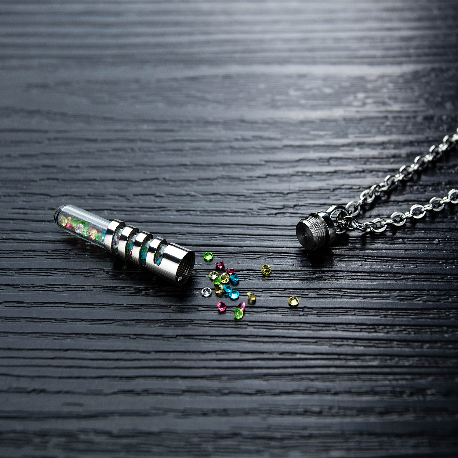 New fashion stainless steel glass crystal perfume bottle necklace