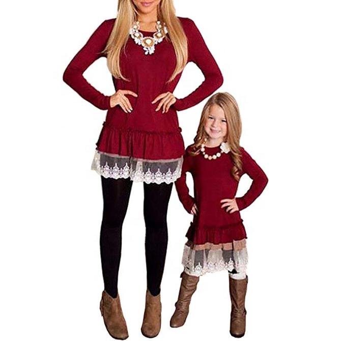 Mommy และ ME เสื้อแขนยาวลูกไม้ Hem เสื้อยืดผู้หญิงเสื้อลูกสาวแม่เสื้อครอบครัวชุดที่กำหนดเองเสื้อผ้า