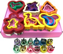 Vendita calda Cookie Cutters Frese per i bambini Animale Del Fumetto Panino cutter cake decorating set