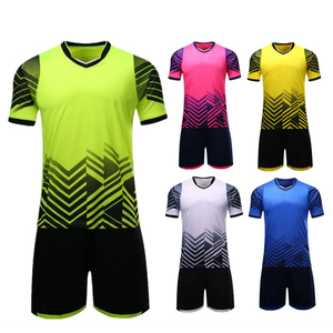New Soccer sets Men Kids Football Jerseys Outdoor Sports Soccer Jerseys Breathable Football Training Uniforms Suits