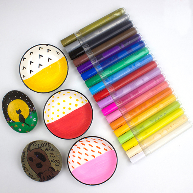 OEM 28 Colors Liquid Paint Marker Pen For Rock Painting Set, Water-based Acrylic Paint Marker For DIY on Stone Ceramic,Fabric