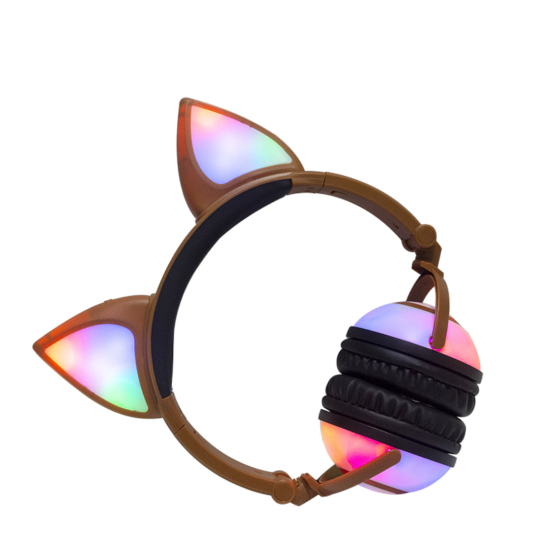 Rechargeable Wholesale Support OEM Colorful Headphone Made in China Headphones