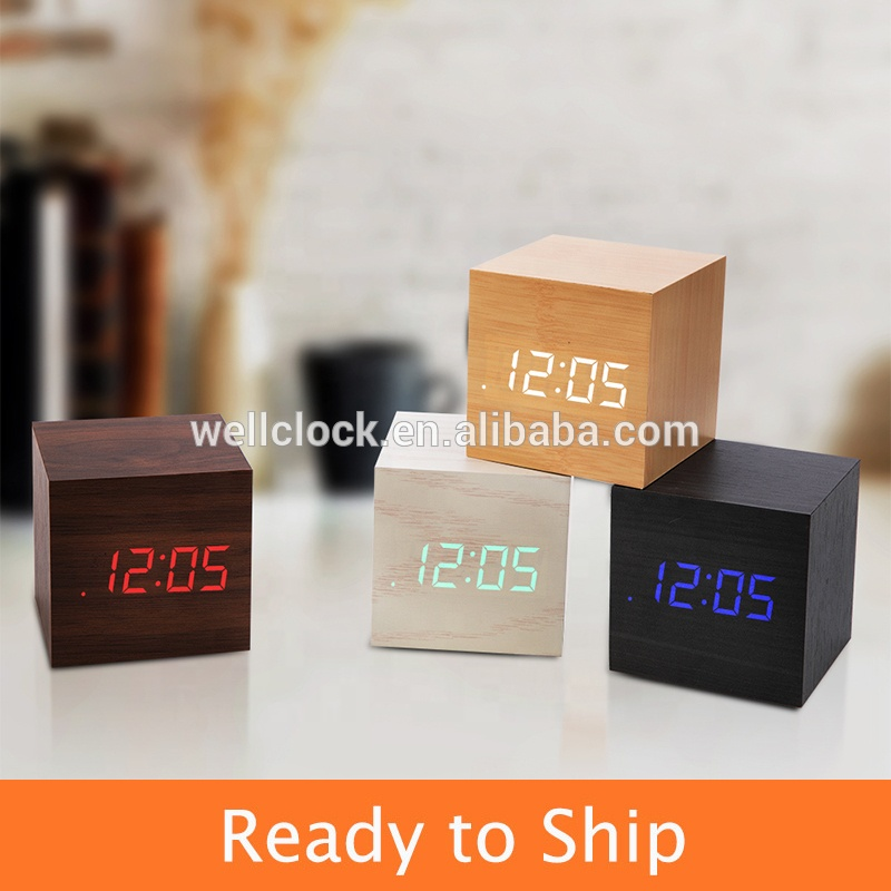Cubo di Legno di Bambù Orologi LED Digital Desk Table Alarm Clock Termometro Suoni di Controllo display A LED Calendario Ufficio Decorazione